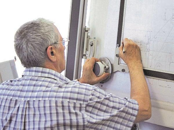 Employee-doing-construction-drawings