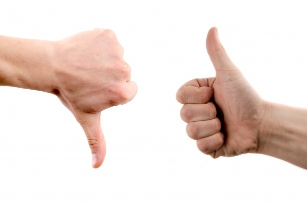 thumbs up / thumbs down - removal company reviews